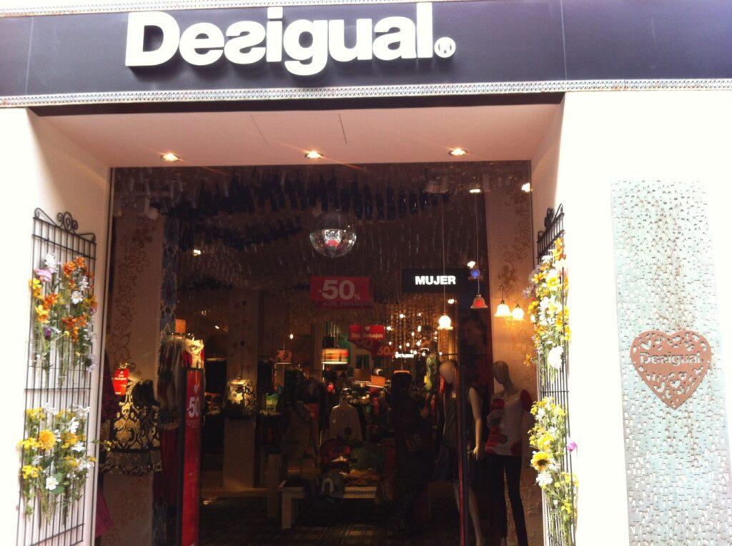 Se Necesita Vendedor/a para DESIGUAL en El Centro Comercial Bonaire en Aldaia en Valencia