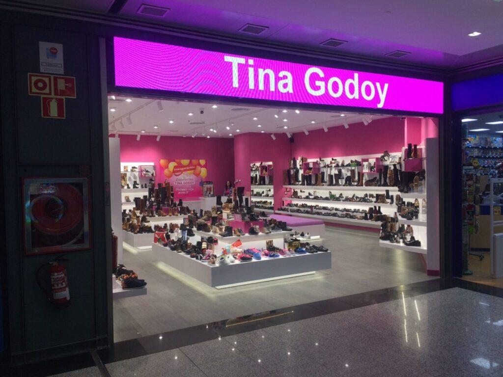 Tina Godoy Necesita Dependienta/e para Zapatería en FUENLABRADA en Madrid