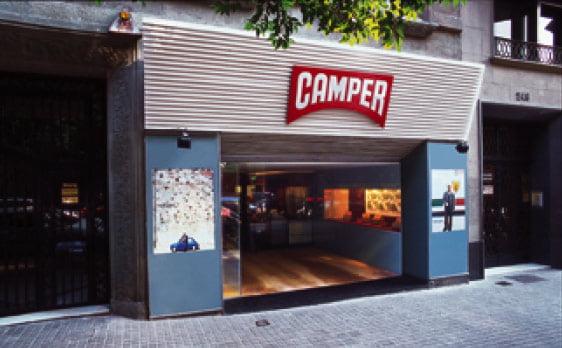 CAMPER Necesita Vendedores/as de Fashion Retail para su tienda en Barcelona