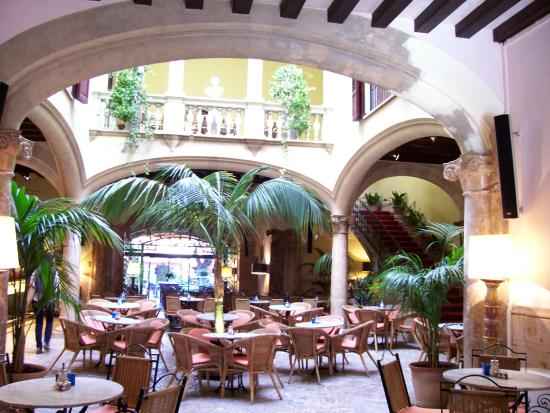 Se Necesita Camarera/o de Pisos en el Hotel Cappuccino en Palma De Mallorca, Illes Balears