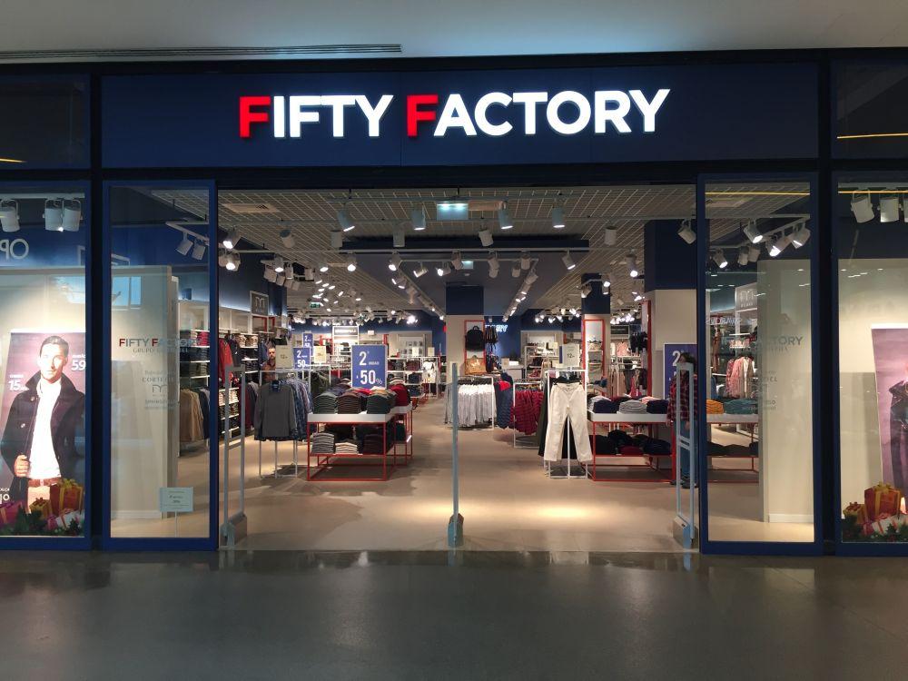 Se Necesita Vendedor/a para Fifty Factory en el Centro Comercial Sevilla Plaza Factory en DOS HERMANAS en SEVILLA