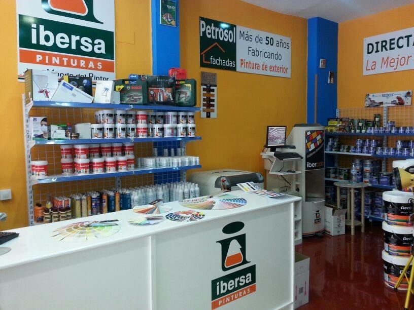 Se Necesitan Dependientes/as para Tiendas de Pinturas IBERSA en el País Vasco