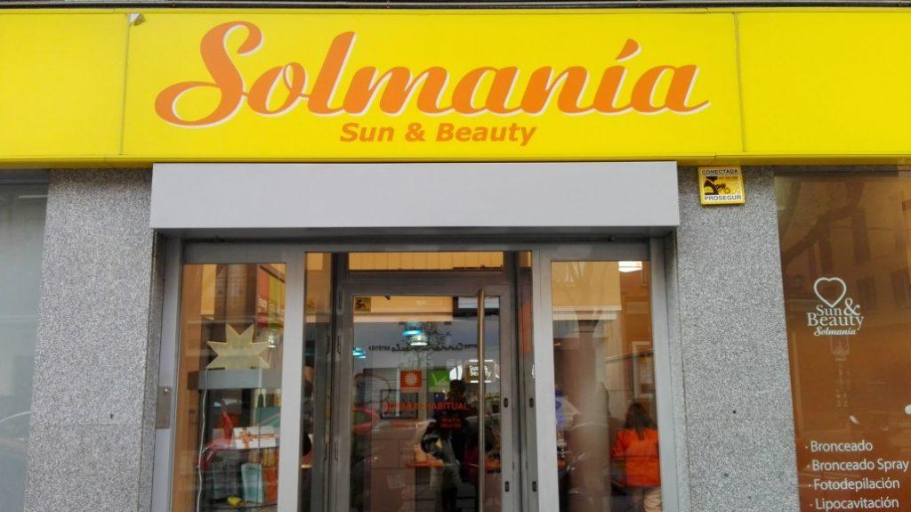 Se Necesitan Dependientes/as para SOLMANÍA Centro de Bronceado en Madrid