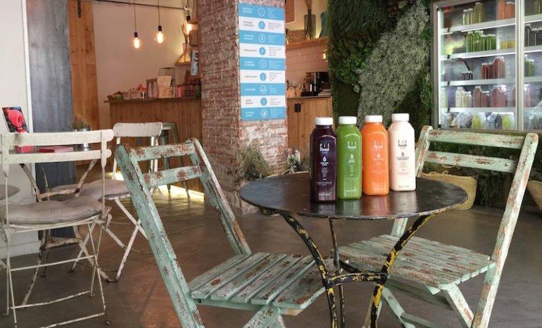 Se Necesitan 2 Camareros/as para Cafetería Frutas Prohibidas en Chueca en Madrid