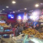 Se Necesitan Camareros/as y Pasteleros en CHOCOLAKE Pastelería-Cafetería en Madrid
