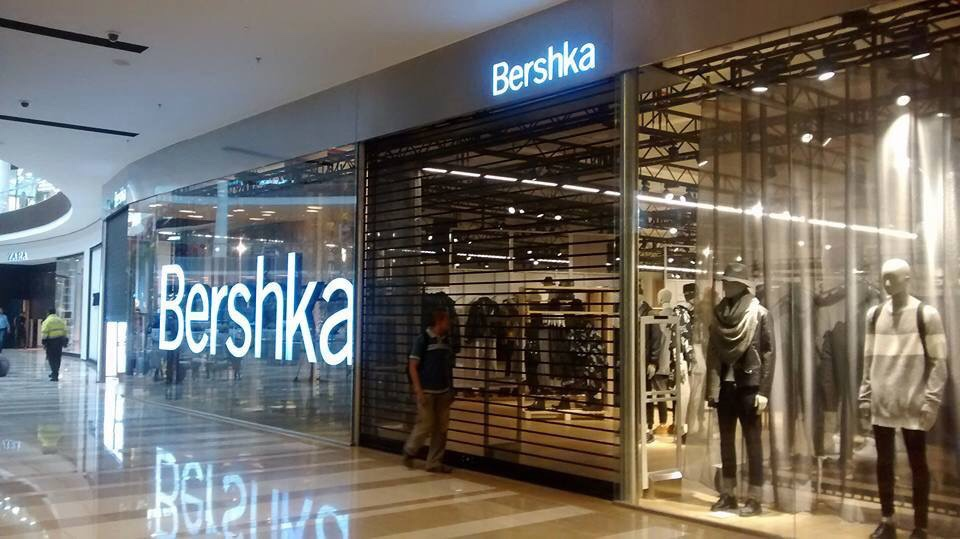 Se Necesitan Vendedores/as para BERSHKA en el Centro Comercial Mediterraneo en CARTAGENA en Murcia