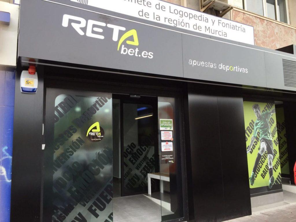 Se Necesita Dependiente/a para RETAbet en MARBELLA en Málaga