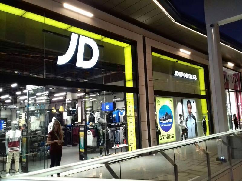 Se Necesitan Vendedores/as para JD SPORTS en el Centro Comercial LA CAÑADA en MARBELLA en Málaga